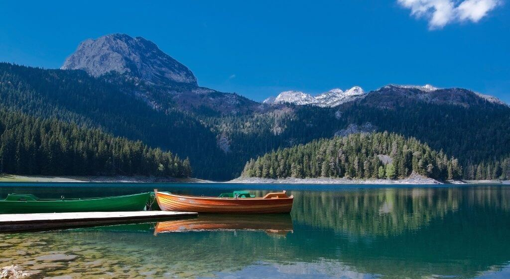 Большое озеро Жабляк Черногория