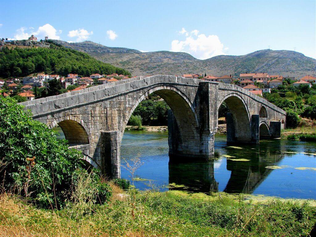 мост Арсланагича в Требине