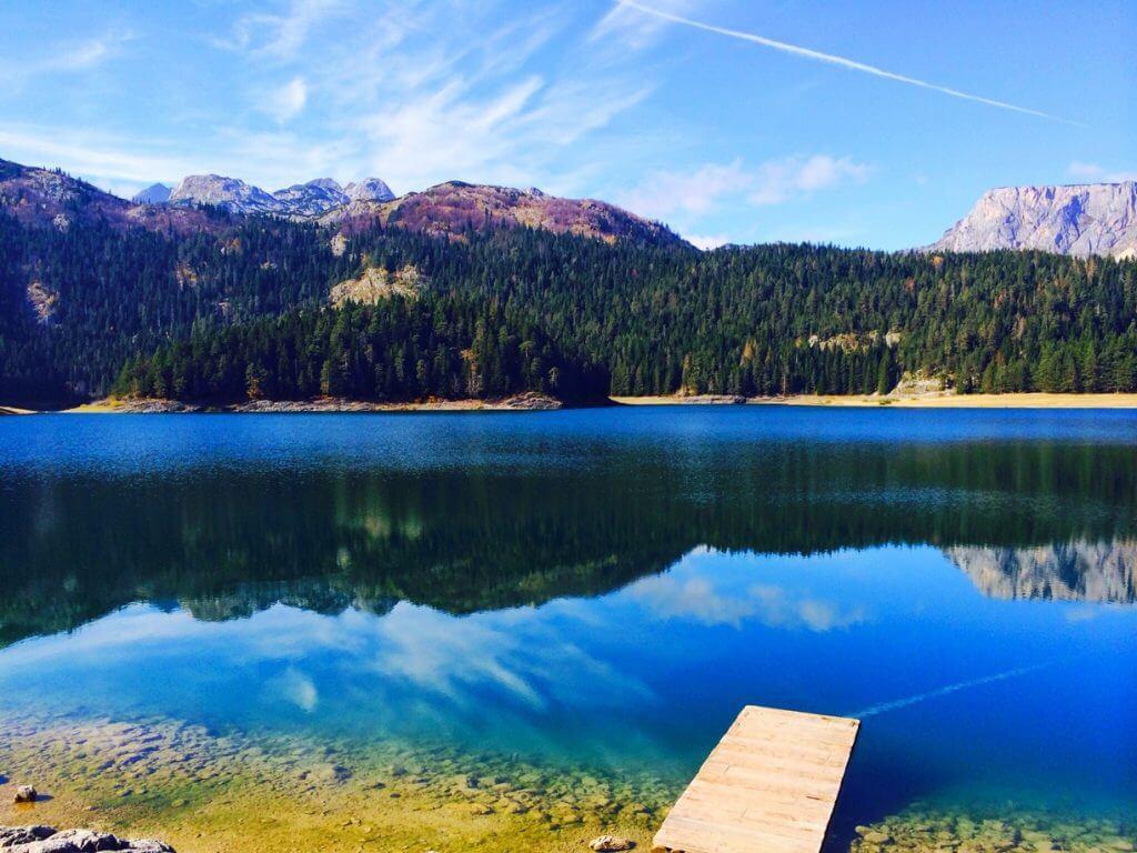 Малое озеро Жабляк Черногория
