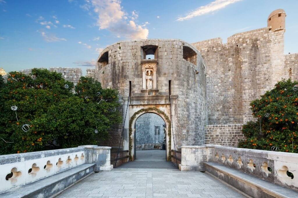 городские ворота Пиле (Pile)