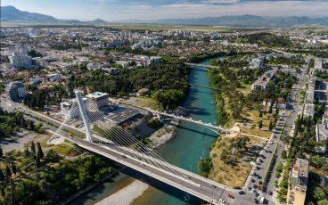 Как добраться из Тивата в Подгорицу?