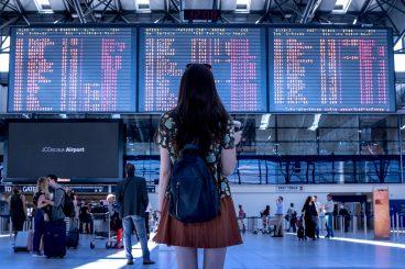 Как купить дешевые авиабилеты в Черногорию
