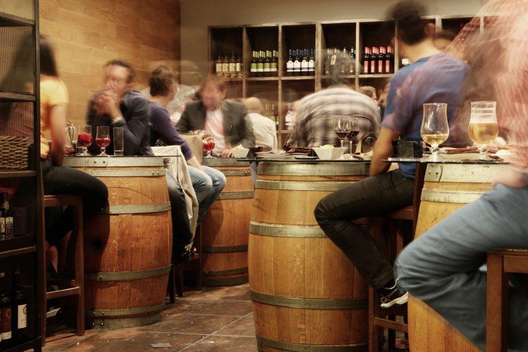 Сотрудники Музея пива в Колашине насчитали несколько сотен бутылок и кружек