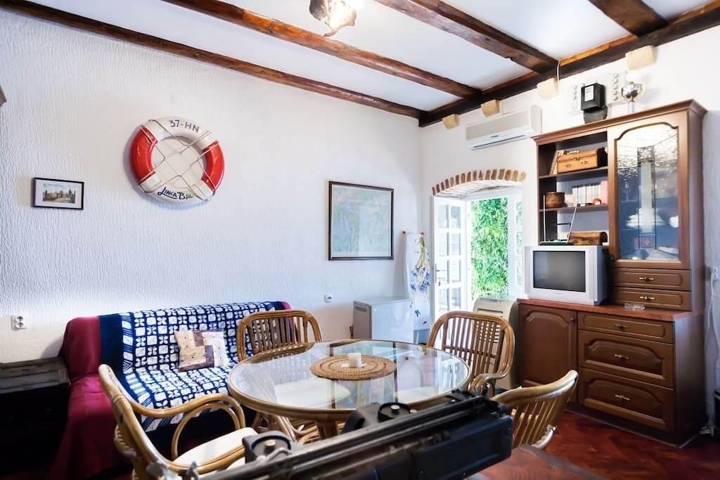 Квартира-студия в Которе (Пераст)