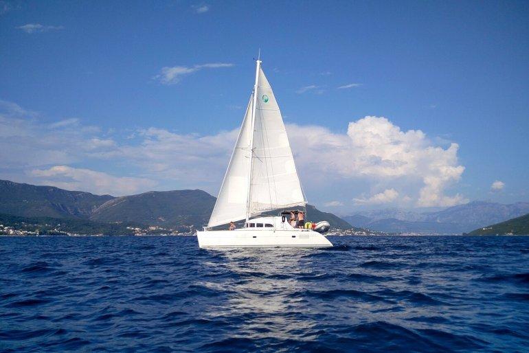 sailboat-1824463_1280