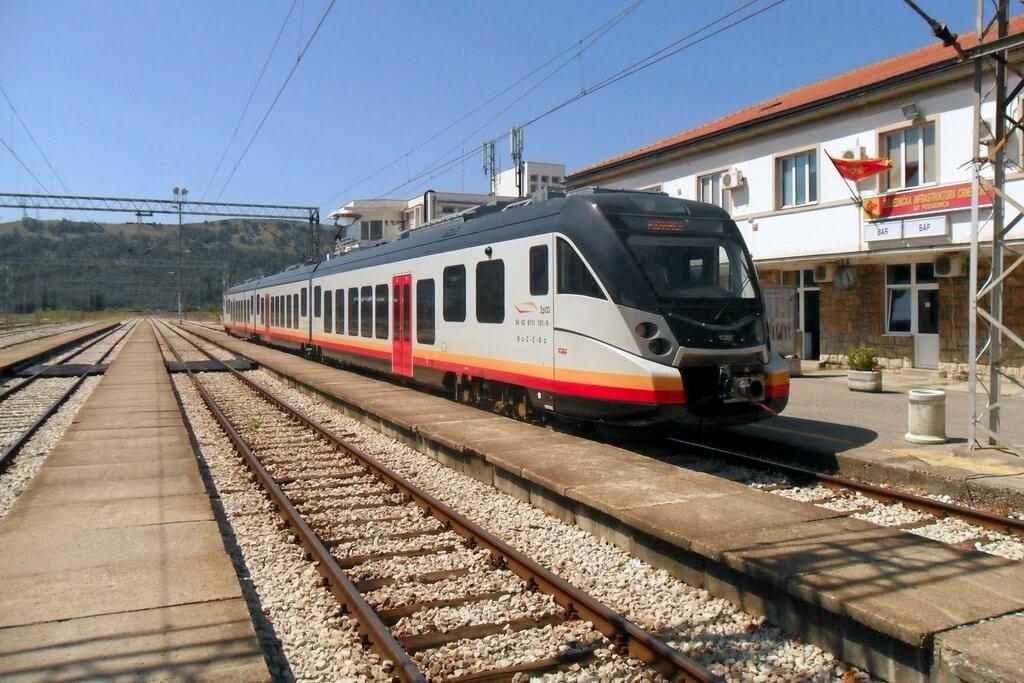 поезда Черногории
