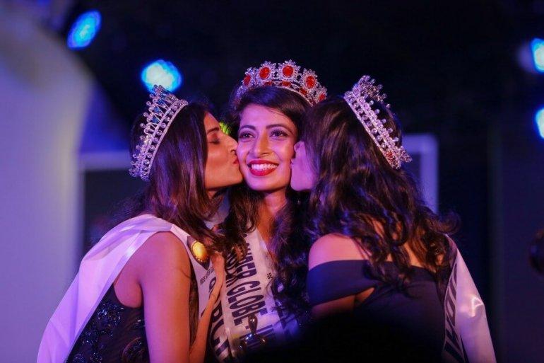 Участницы конкурса красоты «Мисс Мира-2018» посетили черногорский Улцинь
