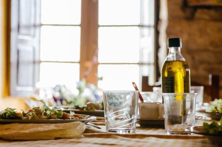 Как выбрать оливковое масло в Черногории