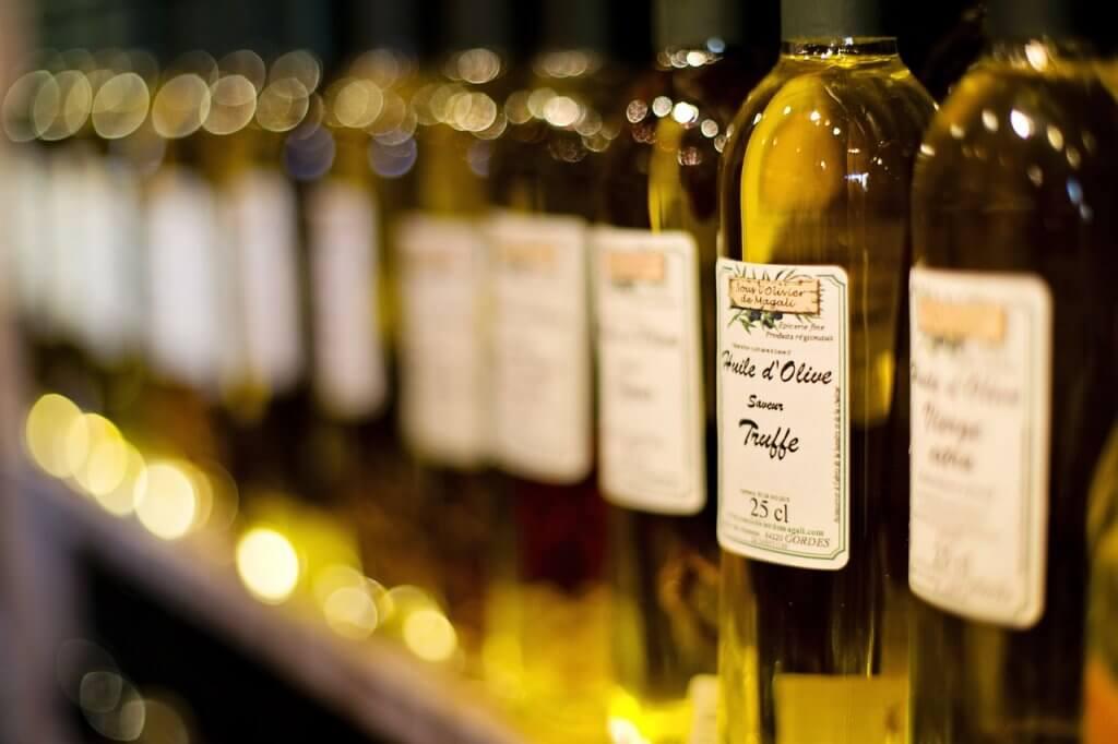 Оливковые масла с маркировкой