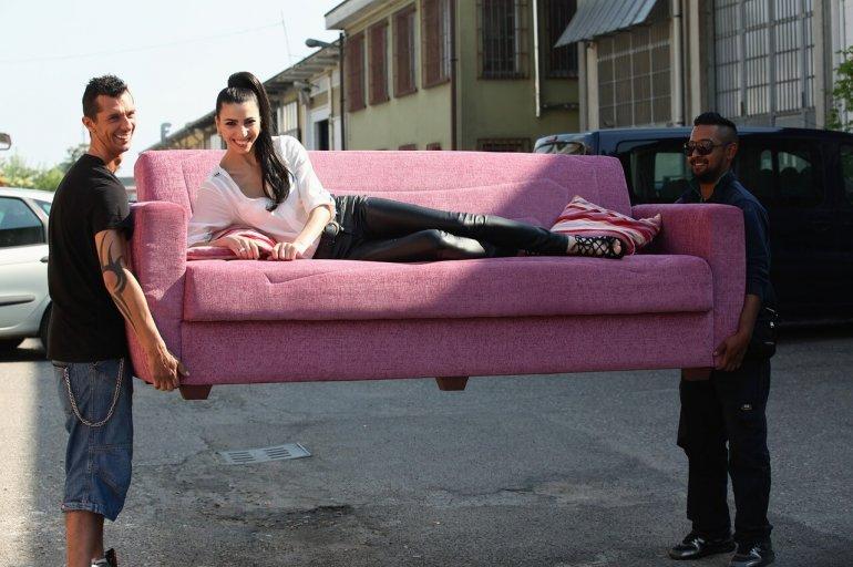 sofa-2726277_1280
