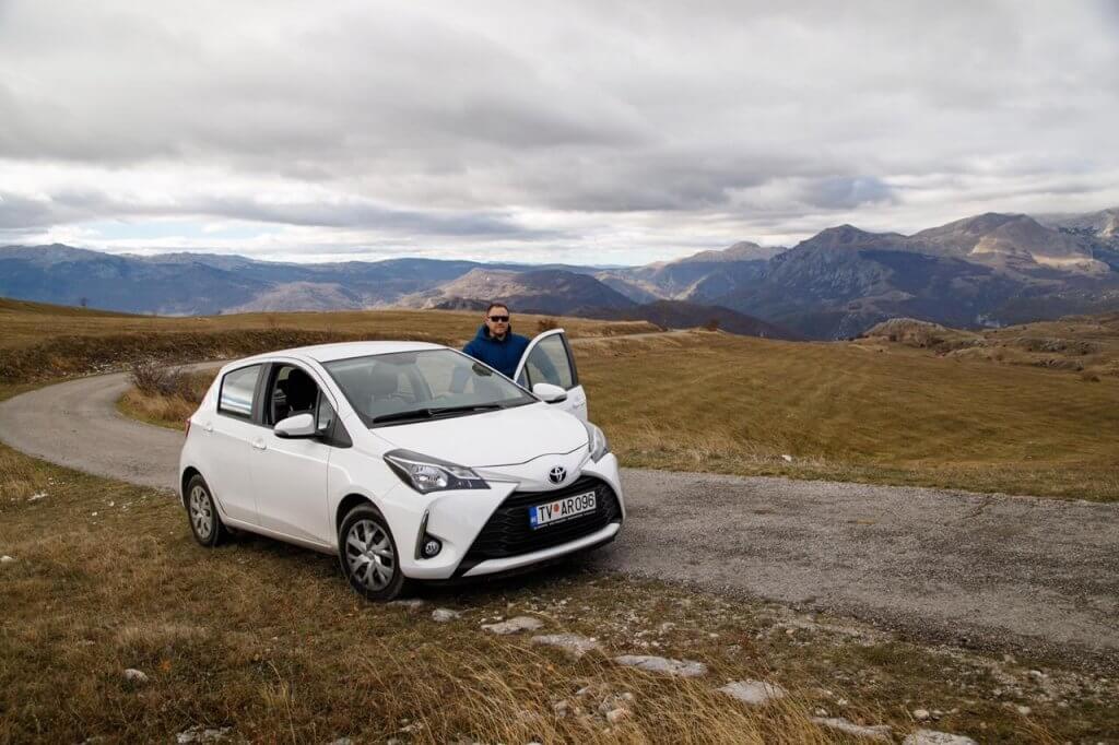 аренда Toyota Yaris в Черногории
