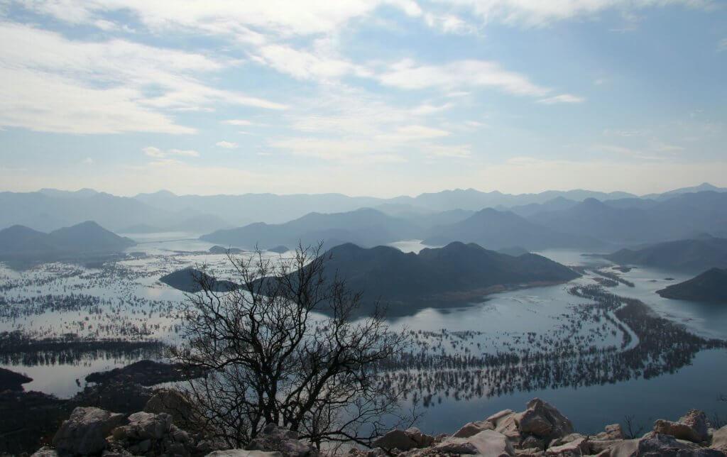 Скадарское озеро а январе