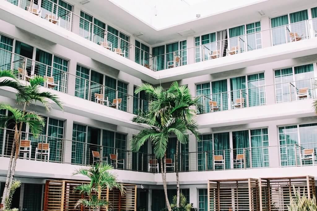 новый отель в Свети-Стефана