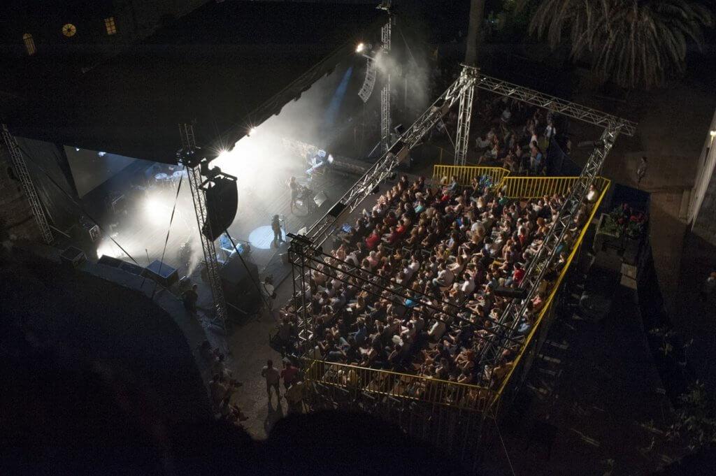 фестиваль средиземноморской музыки в Будве