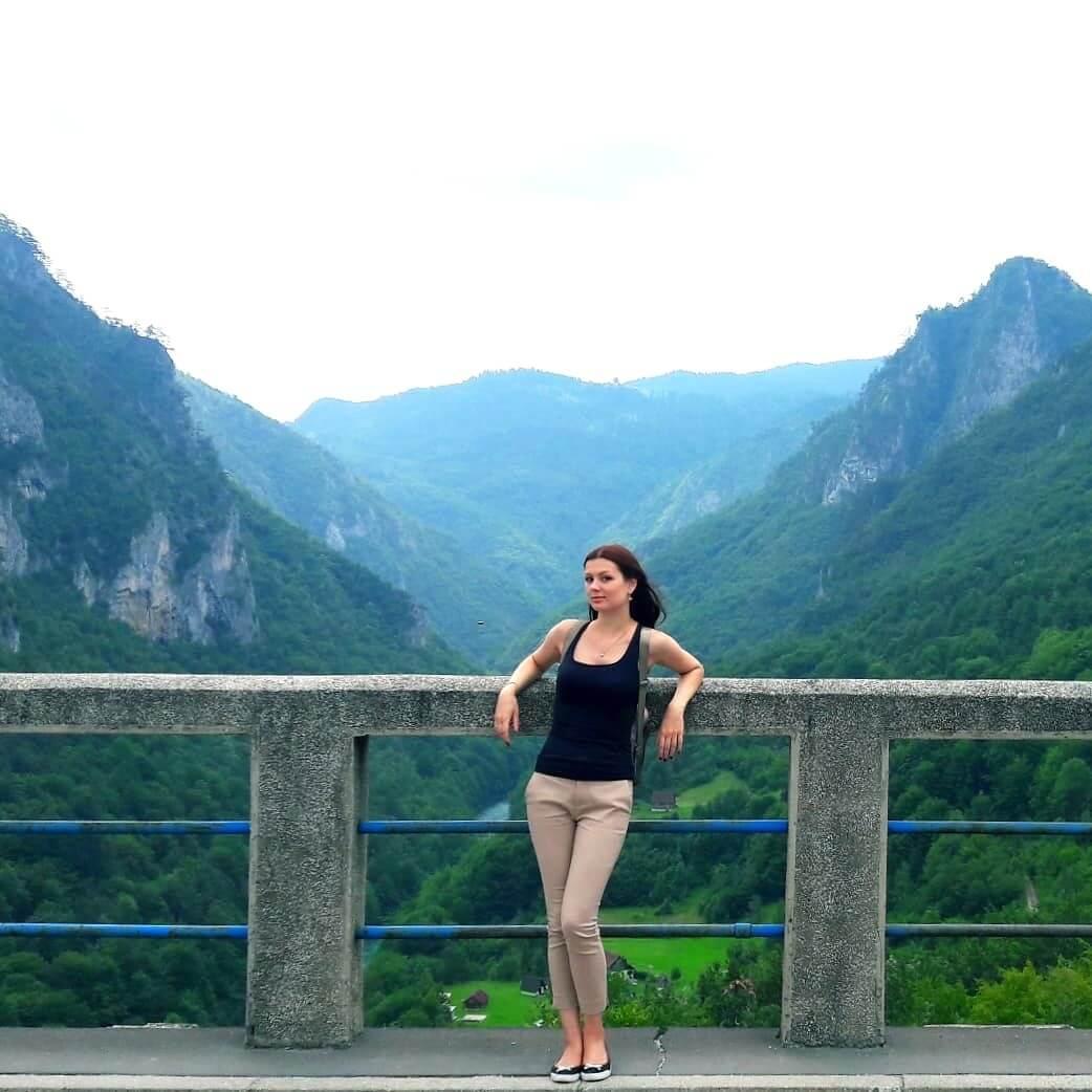 вид с моста Джурджевича над рекой Тара