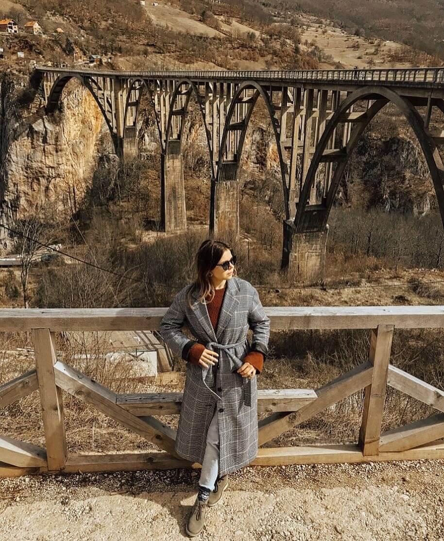 вид моста Джурджевича над рекой Тара