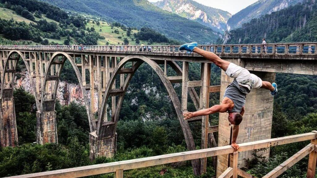 Фото моста Джурджевича над рекой Тара