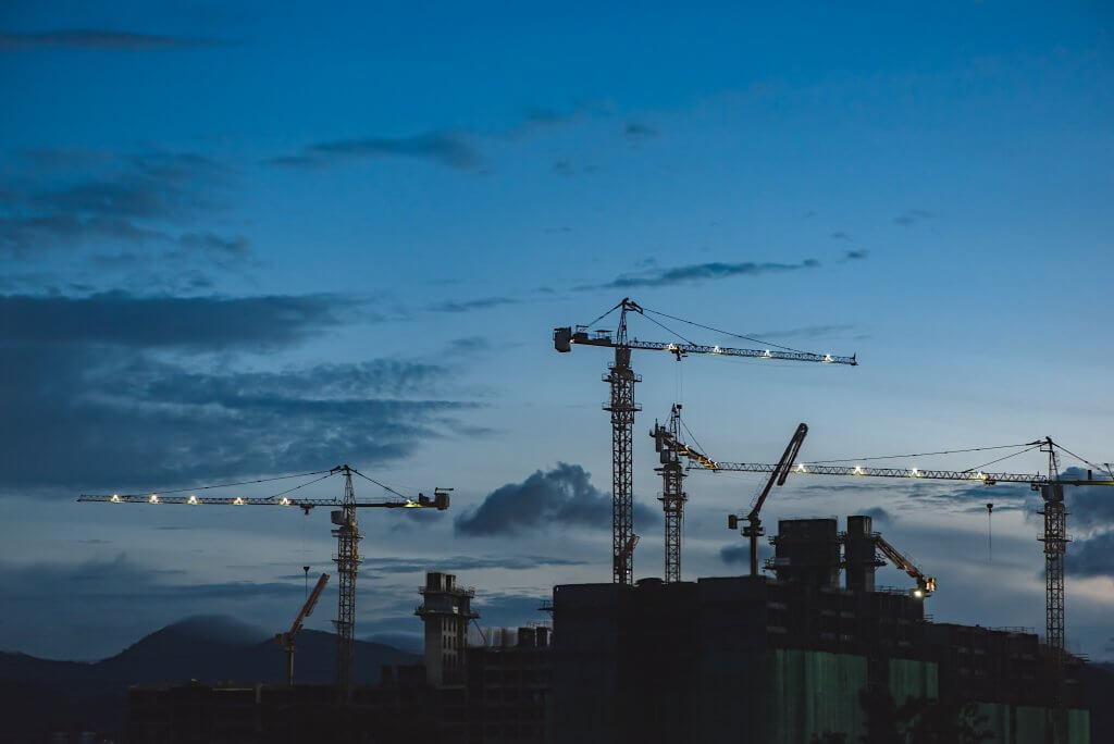 Строительство и благоустройство Черногории