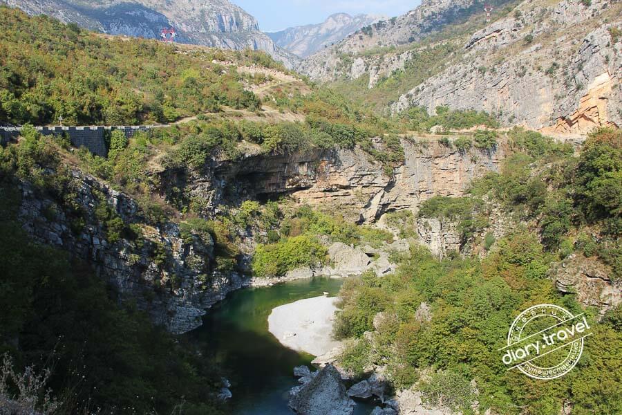каньоны рек в Черногории