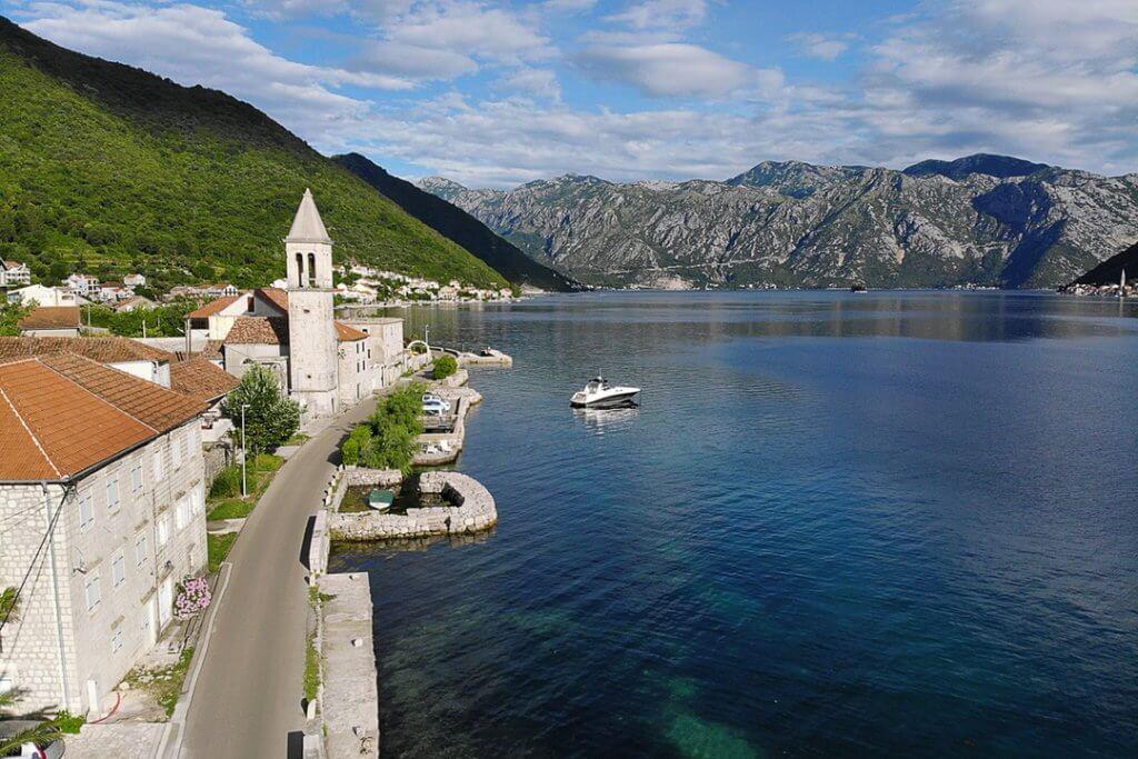 прибрежные города Черногории