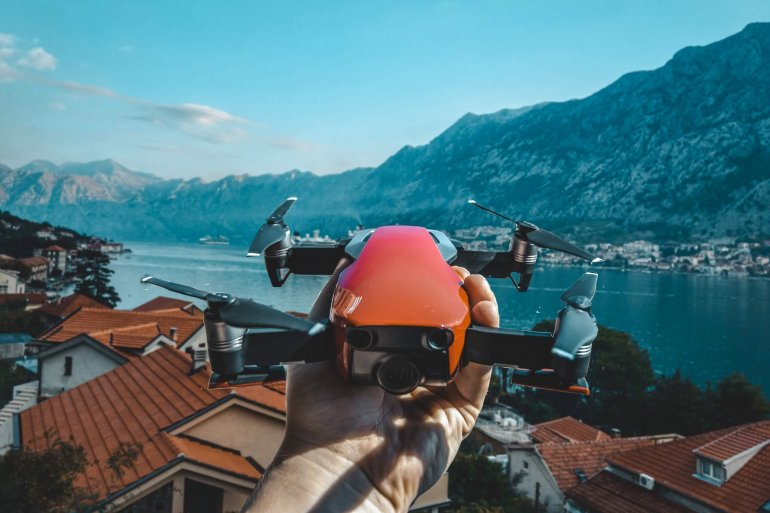 Квадрокоптер в Черногории: как самостоятельно оформить разрешения на ввоз дрона в 2019 году
