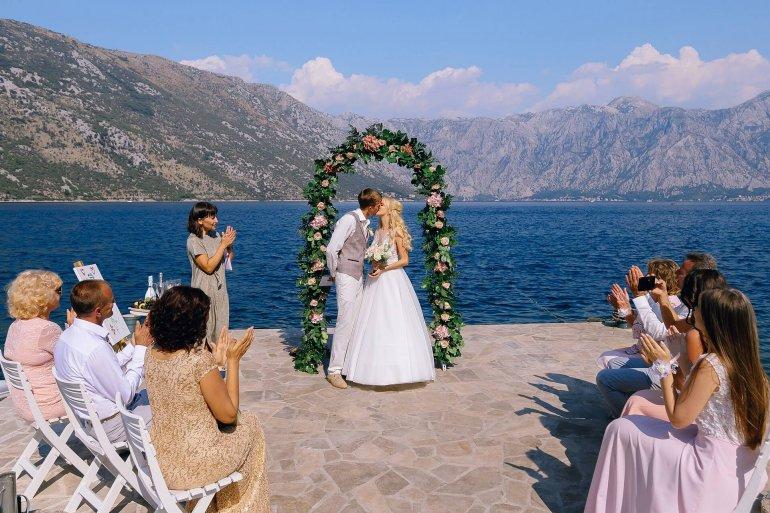 Какой должна быть свадьба мечты в Черногории: 50 волшебных снимков от фотографа Максима Моты