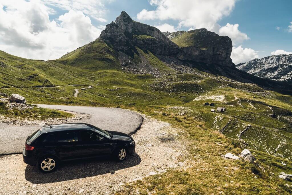 выбор авто летом в Черногории