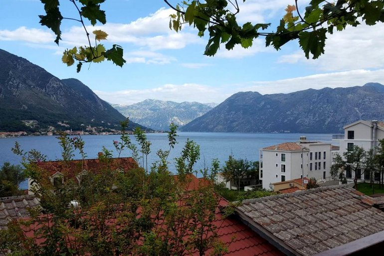 Подборка недорогих квартир свидом наморе наAirbnb вЧерногории вмае 2019