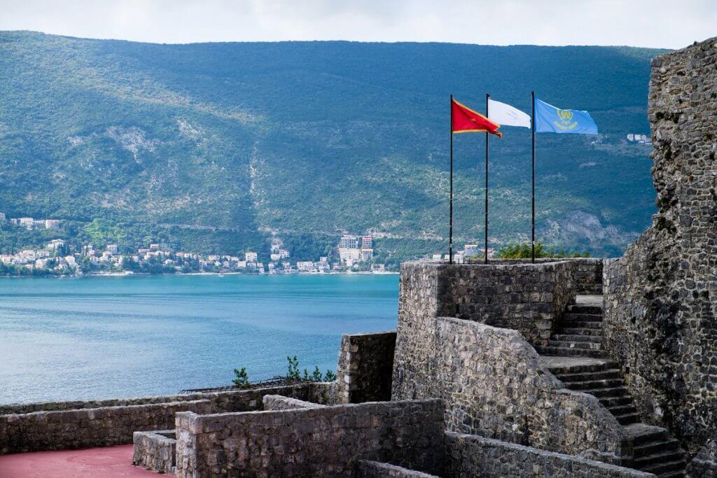 крепость-театр в Герцог Новый