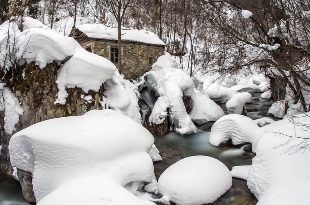 зимняя природа Биоградской горы