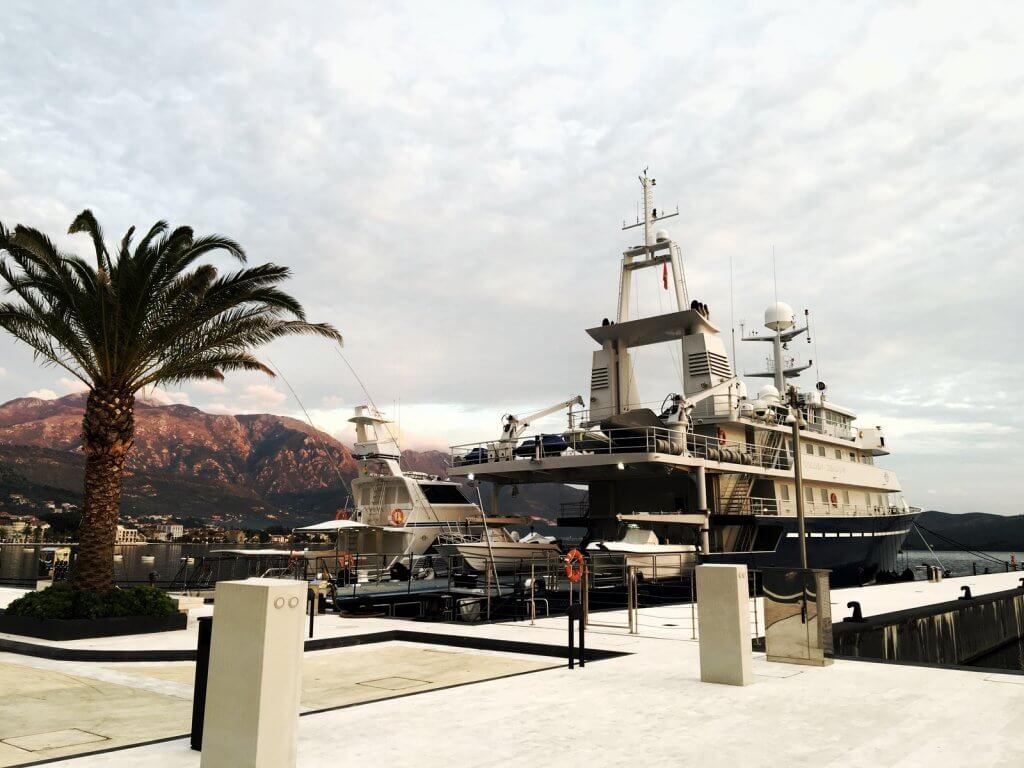 водные судна Черногории