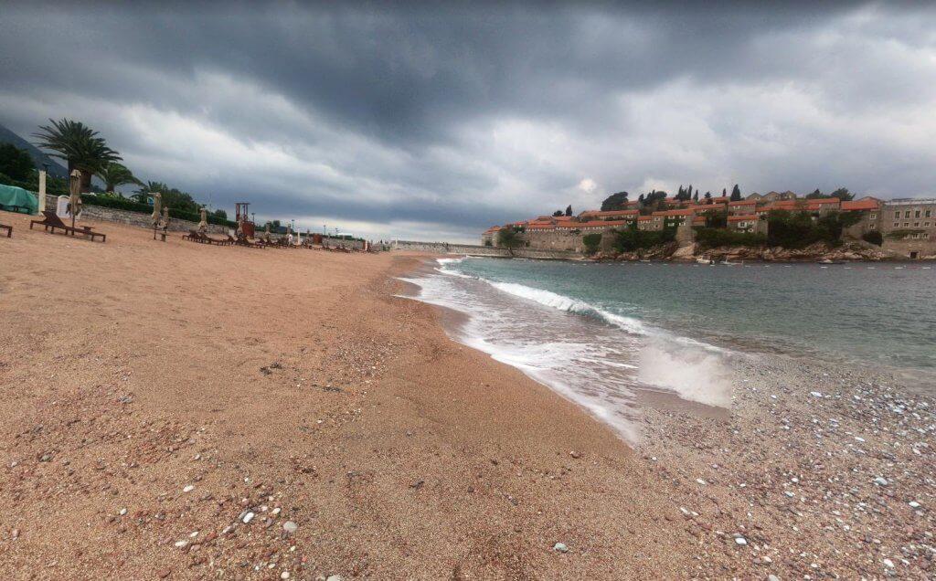 Королевский пляж осенью