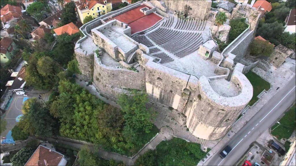Крепость Канли-Кула в Херцег-Нови Черногория сверху