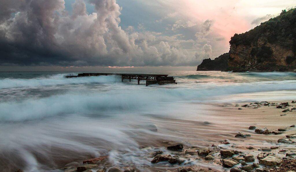 осеннее море Черногория