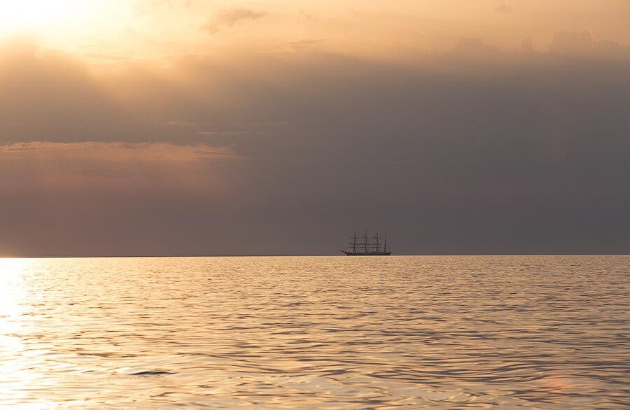 морской закат Черногория