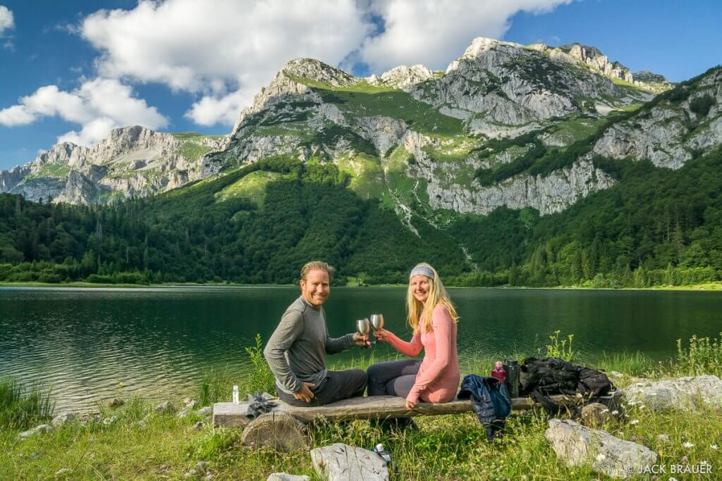 Трновацко озеро пейзаж