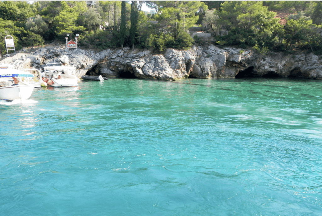 Пляж Жаница в Черногории