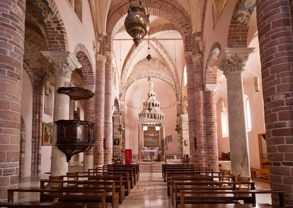 Собор Святого Трифона в Котораъе