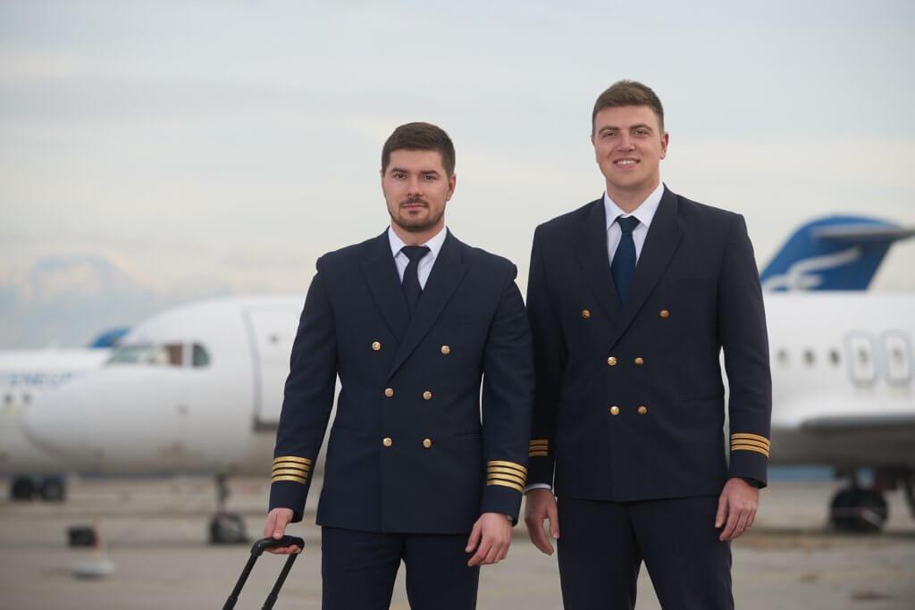 пилоты национальной авиакомпании Черногории
