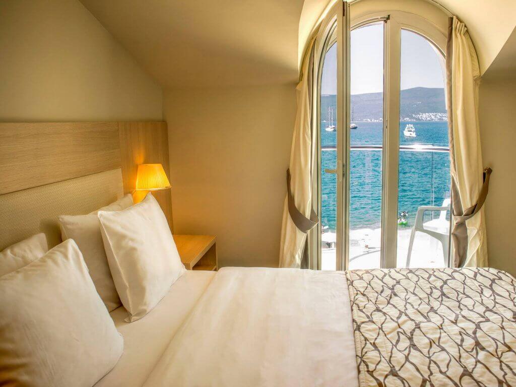 Выбрать апартаменты в Черногории