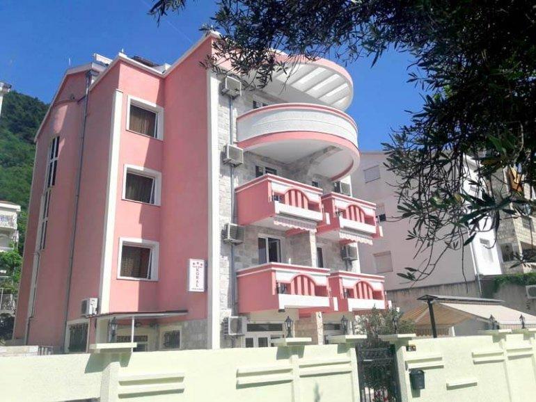 Garni Hotel Koral 3* в Будве